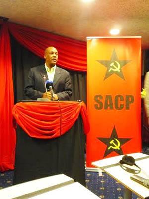 تصویر دوّمین مرحلهٔ بنیادی انقلاب ملّی دموکراتیک در آفریقای جنوبی