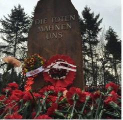تصویر تظاهرات گرامی داشت یاد روزا لوکزامبورگ و کارل لیبکنشت در برلین