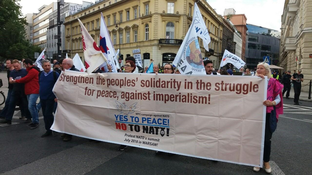 تصویر شورای جهانیِ صلح: «آری» به صلح، «نه» به ناتو!