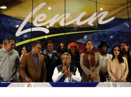 تصویر پیروزیِ نیروهای چپ در انتخابات اِکوادور