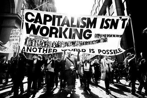 تصویر مواضع ضدبشری نظام بحرانزدهٔ سرمایهداری در نبود بدیل مترقی و سوسیالیستی