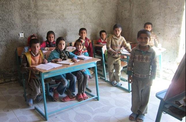 تصویر بهمناسبت سال تحصیلی جدید محرومیت از تحصیل، سیاست تحمیلشده از طرف رژیم ولایت فقیه