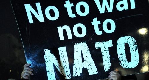تصویر نه به ناتو، نه به جنگ! به مناسبت هفتادمین سالگرد امضای پیمان آتلانتیک شمالی