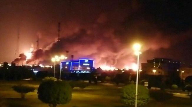 تصویر حملهٔ پهیادی به تأسیسات نفتی عربستان سعودی و خطر برخورد نظامی در منطقه