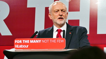 تصویر حزب کارگر، بیش از هر نیرویی، امید به سوسیالیسم را بهارمغان میآورد