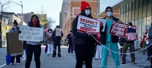 تصویر ویروس کرونا و جنگ بر ضد طبقهٔ کارگر