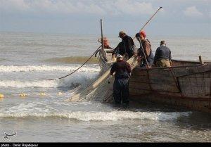 تصویر ماهیگیران، زحمتکشان فراموششده! امنیت شغلی و بیمه ماهیگیران حلنشده باقی مانده است