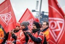 تصویر پیمانهای دستهجمعی، امنیت شغلی و مبارزه برای کاهش ساعت کار